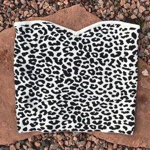 Leopard sweater crop top
